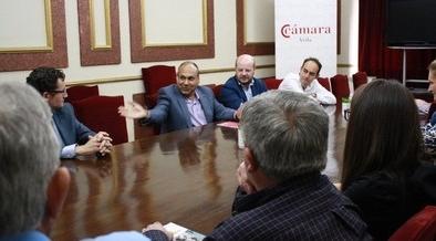 El empresario Gour Saraf ve posibilidad de negocio  entre India y Ávila