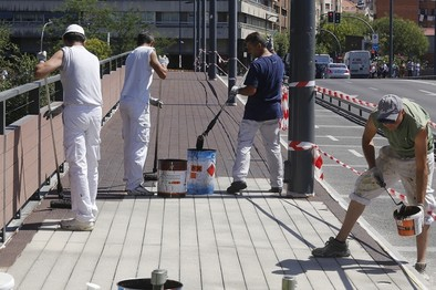 El PSOE advierte de que las reparaciones en el puente de Isabel la Católica cuestan otros 325.000 euros