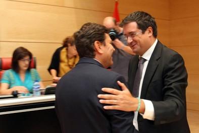 El PP rechaza la comparecencia de Villanueva para hablar de El Árbol