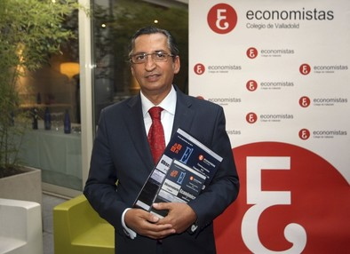 Los economistas publicarán informes trimestrales que «sirvan como referencia»
