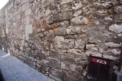 RFS derribará el muro de la calle Trinas tras rebajar el coste de la obra un 25%