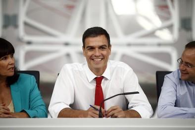 Sánchez propondrá que el PSOE celebre primarias en julio del próximo año