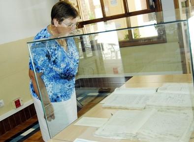 El Archivo Municipal organiza una muestra con documentos históricos