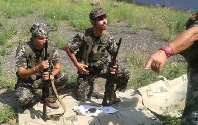 Detienen a ocho españoles prorrusos por luchar en el conflicto de Ucrania