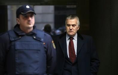 Bárcenas y Correa serán juzgados porque «existen nítidos indicios de delito»