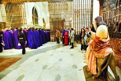 La Borriquilla se queda sola en la Catedral