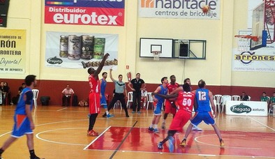 El Alcázar Basket gana y acaricia la LEB Plata