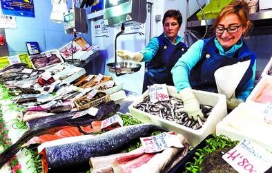 Pescados y hortalizas vuelven a elevar el precio de alimentos básicos