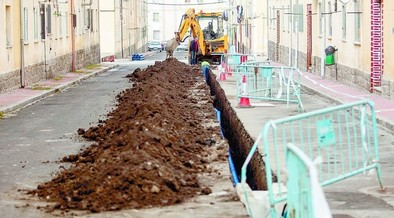Arrancan las obras para mejorar el abastecimiento  en cuatro calles