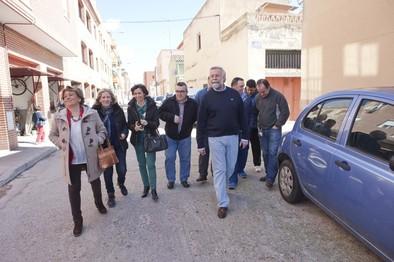 El barrio de Santa María pide un acceso que regule el tráfico en la zona