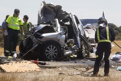 La investigación apunta al sueño como causa del accidente de Zamora en el que fallecen tres menores