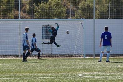 Empate con goles en la primera prueba