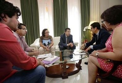 La Junta dará más apoyo a Fenavin y no celebrará la Cumbre del Vino
