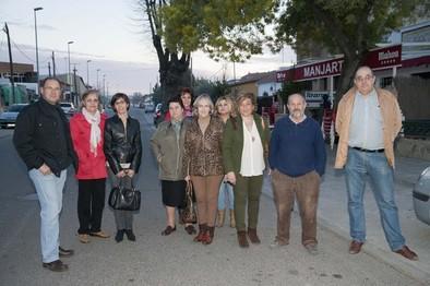Los vecinos de San Antonio-Puente Romano piden al Consistorio recuperar su marquesina