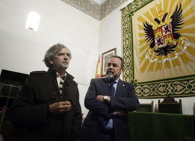 Labrador cree posible  la integración de la Real Academia en la Junta