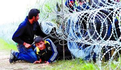 Hungría planea desplegar al Ejército ante la masiva llegada de refugiados