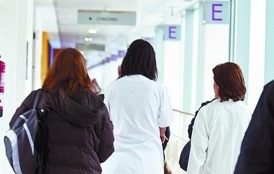 9 médicos piden que se anulen dos concursos que nombrarán jefes por 'libre designación'
