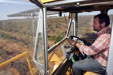 Los casi 8.000 trabajadores del campo en Albacete ya tienen convenio