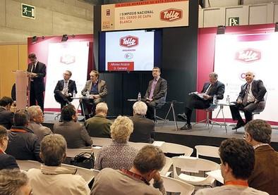 Castilla-La Mancha ofrece su territorio a las empresas de porcino