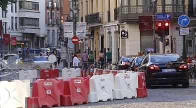 El Ayuntamiento renovará a partir del lunes el asfalto en 28 calles durante el verano