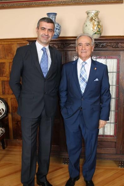 El presidente de la Diputación recibe a José Antonio Arbeloa
