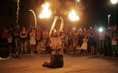 Fin de fiesta ardiente y medieval