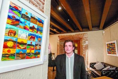 Arnaldo celebra 'El encanto de lo pequeño' en su nueva exposición