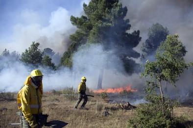 Un incendio en Soria moviliza al ejército y obliga a cortar la N-122