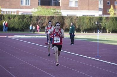 Husillos logra la plata en el relevo 4x100 con el Marathon