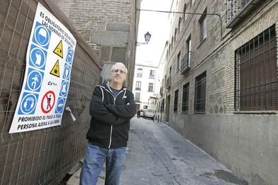 El Ayuntamiento indigna a los vecinos de San José al cortarles el acceso