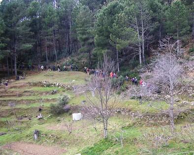 El Grupo Almanzor reunió más de medio centenar de senderistas en las Cinco Villas