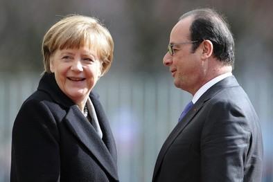 Hollande promete continuar con las reformas pese a la debacle electoral
