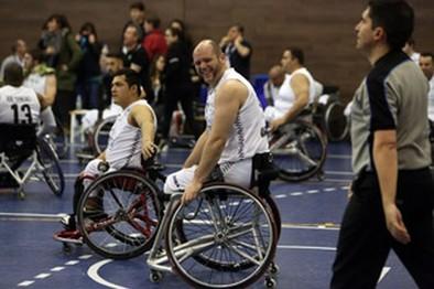 Ismael García: «El baloncesto en silla de ruedas me ha aportado muchos valores»
