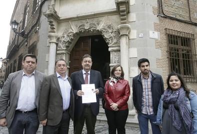 El PSOE insta a los electores a dar «un giro radical» por «la verdad»