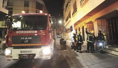 Uno de cada diez incendios extinguidos por los bomberos del SCIS ocurrió en viviendas