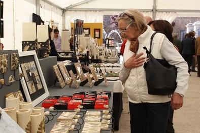 La XXV Feria de Artesanía reúne a 15 talleres hasta el día 3 de mayo