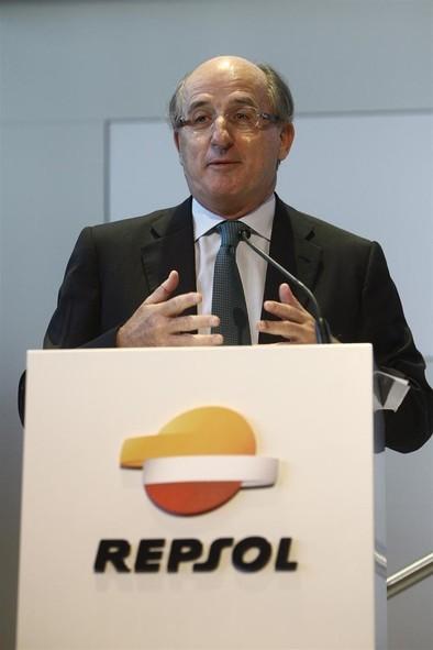 Brufau insta a España y a Europa a no conformarse con crecer un 3% en 2015
