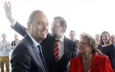 Rajoy advierte de que no apoyar al PP el 24-M es «jugar con fuego»