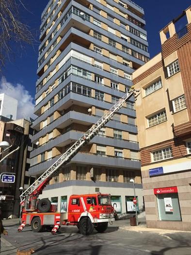 El temporal provoca 13 intervenciones de los bomberos 8 en la capital