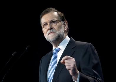 Rajoy defiende que ni cobró 'dinero negro' ni conocía la supuesta 'caja b'
