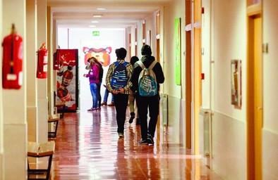 La mitad de alumnos entre 14 y 18 años no asistió a clase este miércoles