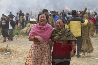 El dolor se adueña de Nepal