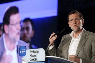 Rajoy sostiene que el enemigo del cambio en España es la frivolidad