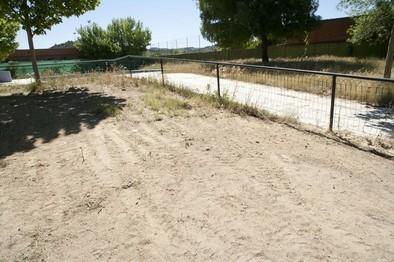 El barrio de Santa María pide el arreglo a tiempo de la piscina