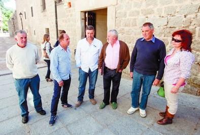 'La Junta lleva más de un año sin pagar los daños del lobo'