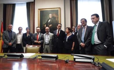 La oposición une sus voces contra la prisión permanente revisable