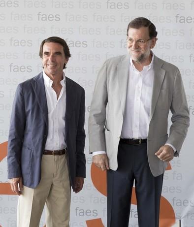 Rajoy carga contra Sánchez, al que acusa de ser «títere» de Podemos