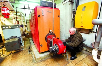 La caída del precio del gasoil ahorrará 2.700 euros este mes a un bloque de 40 pisos
