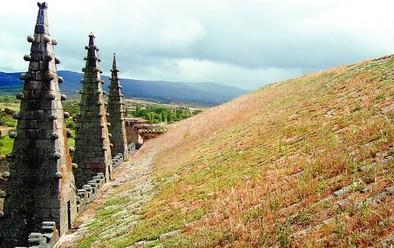 Esta primavera empezarán las obras de mejora de las cubiertas de la iglesia de Bonilla