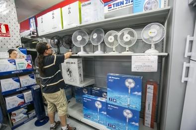 El calor dispara hasta un 20% el consumo de electricidad en verano